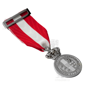 "Фото Medal ""BENE MERENTI"""